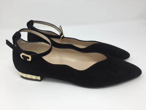 Ballerina schwarz, 145.- jetzt 115.-