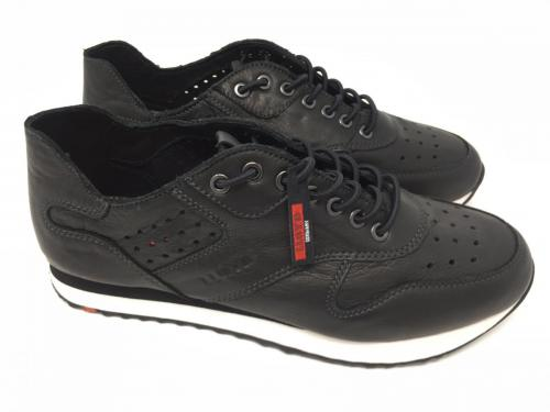 Sneaker schwarz Gr. 41,  119.90 jetzt 60.-
