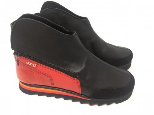 Stiefelette schwarz rot,  Gr 42, 119.90, jetzt 59.95