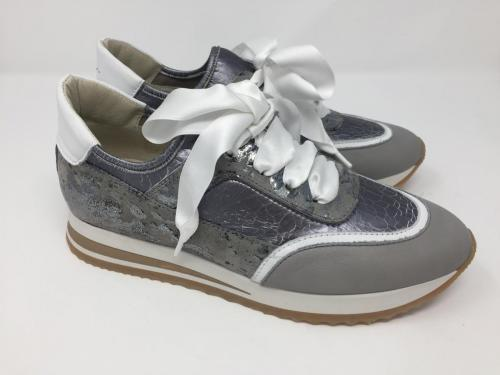 Sneaker grau silber Gr. 36 - 41, 125.- jetzt 99.90