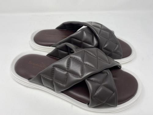 The Sandals Factory Pantolette dunkelbraun Gr. 41 - 46, 89.90