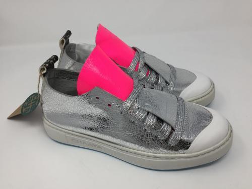 Sneaker silber pink 159.- jetzt 125.-