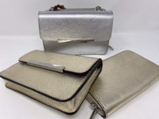 Kleine Leder Umhängetasche mit abknöpfbarem Portemonnaie 139.90