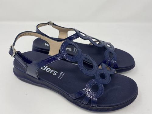 Sandalette dunkelblau Lackleder Gr. 38 - 41, 99.90