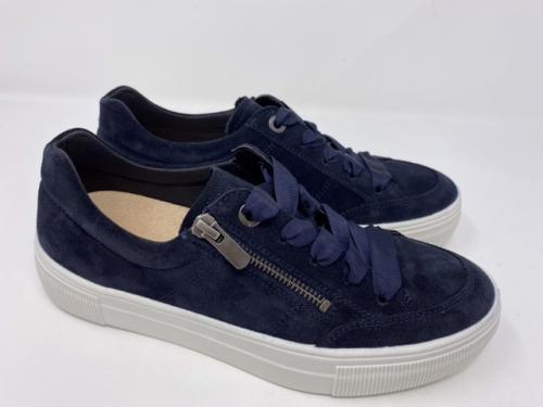 Sneaker dunkelblau 99.90