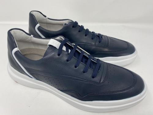 Sneaker dunkelblau, Gr. 41 - 45, 129.90