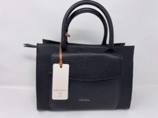 Größere Lederhandtasche in schwarz 199.-