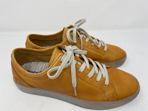 Sneaker orange Gr. 38 und 39, 99.90