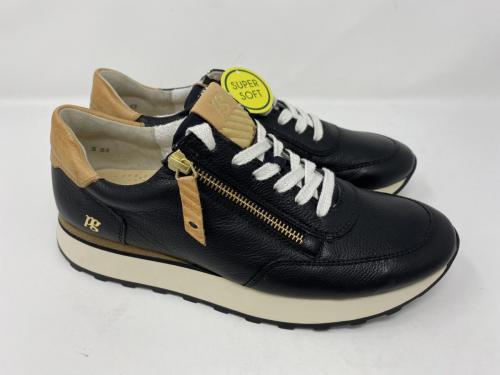 Sneaker schwarz Gr. 37,5/ 39, 40 und  41, 149.90